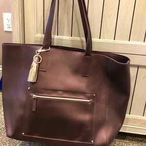 Metallic Burgundy Tassel Tote! New!